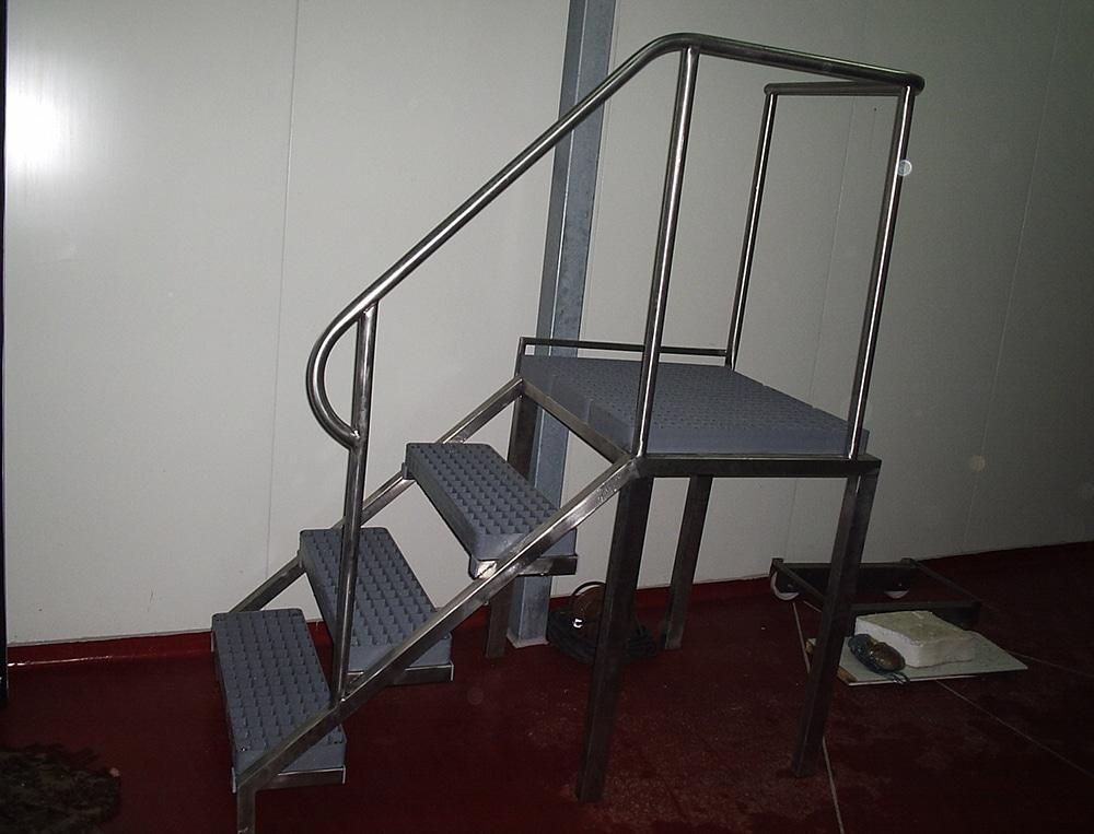 Спомагателно оборудване-платформа